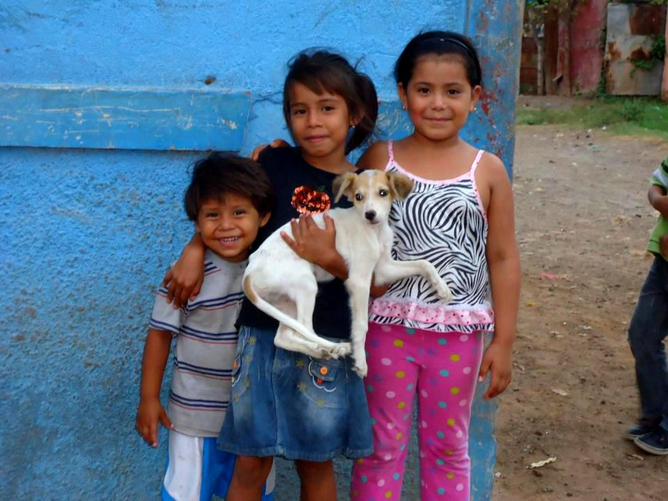 Kids w pup